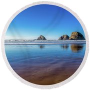 Oregons Rocky Coast Round Beach Towel