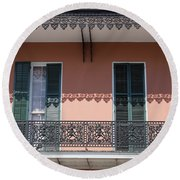 Ornate Balcony In New Orleans Round Beach Towel