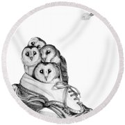 Owls In A Shoe Round Beach Towel