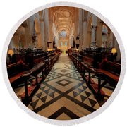 Oxford Cathedral Nave Round Beach Towel