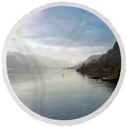 Paddle Boarding On The Columbia River Round Beach Towel