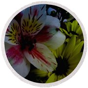 Painted Lily Round Beach Towel