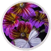 Painted Tongue With White Butterfly Round Beach Towel