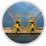 Pair Of Cranes Round Beach Towel