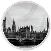 Palace Of Westminster And Elizabeth Tower Round Beach Towel