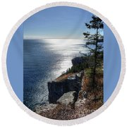 Palisade Head Lake Superior Minnesota Winter Afternoon Round Beach Towel