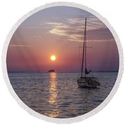 Palm Harbor Florida At Sunset Round Beach Towel