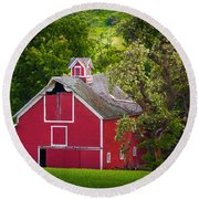 Palouse Barn Number 9 Round Beach Towel