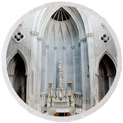Panorama Of The Main Altar Of St. John The Evangalist Roman Catholic Church Schenectady Round Beach Towel