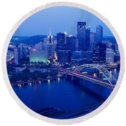 Panoramic Evening View Of Pittsburgh Round Beach Towel