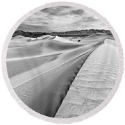 Endless Dunes Round Beach Towel