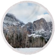Panoramic View Of Snowed Peaks In Yosemite Park With Snow On The Round Beach Towel