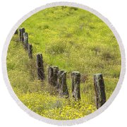 Parker Ranch Fence Round Beach Towel