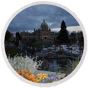 Parliament Building In Victoria At Dusk Round Beach Towel