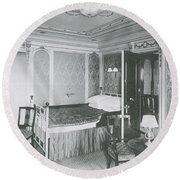 Parlour Suite Of Titanic Ship Round Beach Towel by Photo Researchers