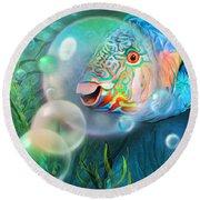 Parrot Fish - Through A Bubble Round Beach Towel