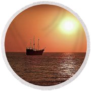 Passing By In Calm Waters Round Beach Towel