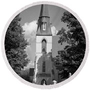 Past Congregation Round Beach Towel