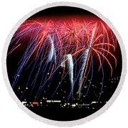 Patriotic Fireworks S F Bay Round Beach Towel