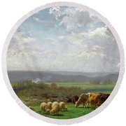 Paturage En Auvergne Round Beach Towel