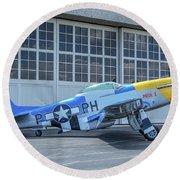 Paul 1 P-51d Mustang Round Beach Towel
