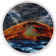 Peace In The Cleft In The Midst Of The Storm Round Beach Towel