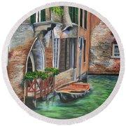 Peaceful Venice Canal Round Beach Towel