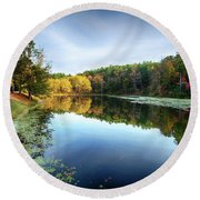Peaks Of Otter Reflection Round Beach Towel