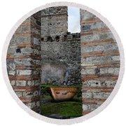 Peek Into The Past - Pompeii Round Beach Towel