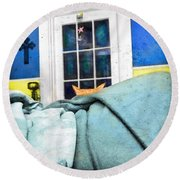 Peeking Round Beach Towel