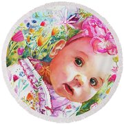Peeking 'round The Corner Round Beach Towel