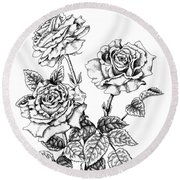 Pen And Ink Roses Round Beach Towel
