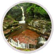 Pennsylvania Red Rock Falls Round Beach Towel