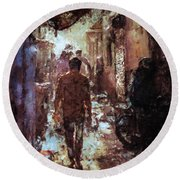 People In Alley Round Beach Towel