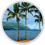 Perfect Hang Out Round Beach Towel