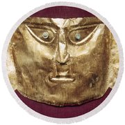 Peru: Chimu Gold Mask Round Beach Towel