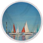 Petole A Chausey Round Beach Towel
