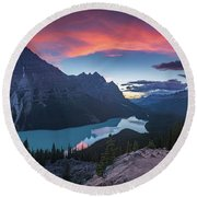 Peyto Lake At Dusk Round Beach Towel