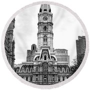 Philadelphia City Hall Building On Broad Street Round Beach Towel