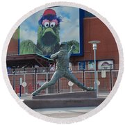 Phillies Steve Carlton Statue Round Beach Towel