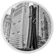 Philly Clothepin And City Hall Reflection In Black And White Round Beach Towel