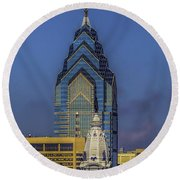 Philly Skyline-old And New Round Beach Towel