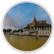 Phnom Penh Royal Palace Plaza Round Beach Towel