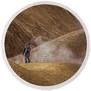 Photographers Searching For Composition V Round Beach Towel