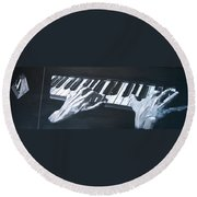 Piano Hands Plus Metronome Round Beach Towel