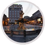 Piazza At Night Round Beach Towel