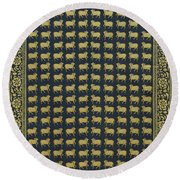 Group Of Cows - Vi Round Beach Towel