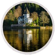 Picturesque Grundlsee Round Beach Towel