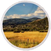 Picturesque View Of Steamboat Springs Colorado Round Beach Towel