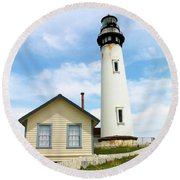 Pigeon Point Lighthouse View Round Beach Towel